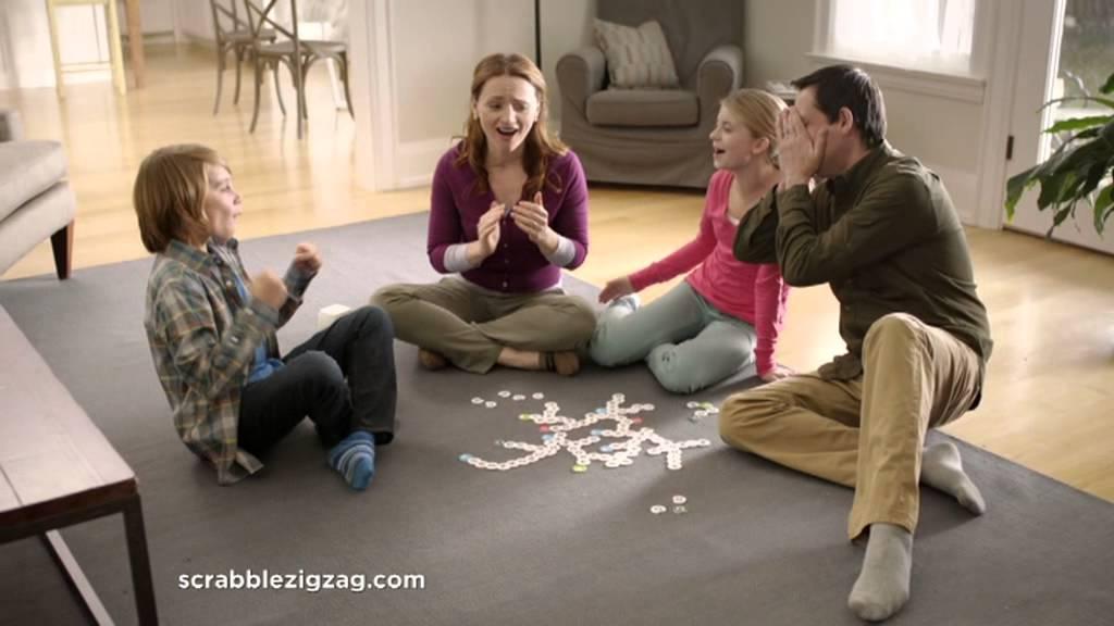 Scrabble zig zag  Jeu: 19,99€ Maxi Toys