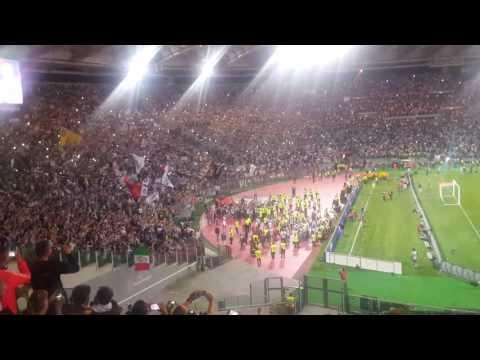 JUVENTUS LAZIO 2-0. FESTA JUVE SOTTO LA SUD