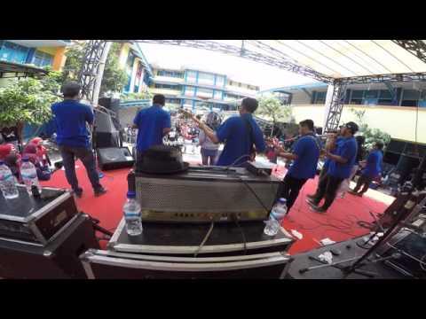 Happy Ending SKA - Tak Butuh ( LIVE )