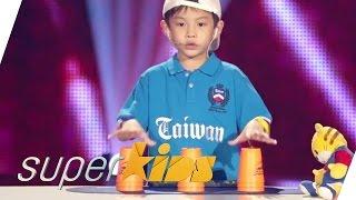 Cute Taiwanese Kid Stacking | Superkids