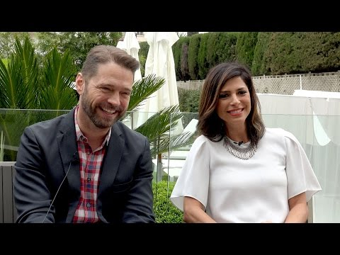 Private Eyes's Jason Priestley & Cindy Sampson