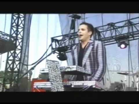 The Killers - Change Your Mind live at Lollapalooza 2005.