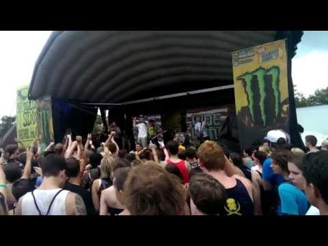 Woe Is Me - A Story To Tell & Fame Over Demise (Live HD)