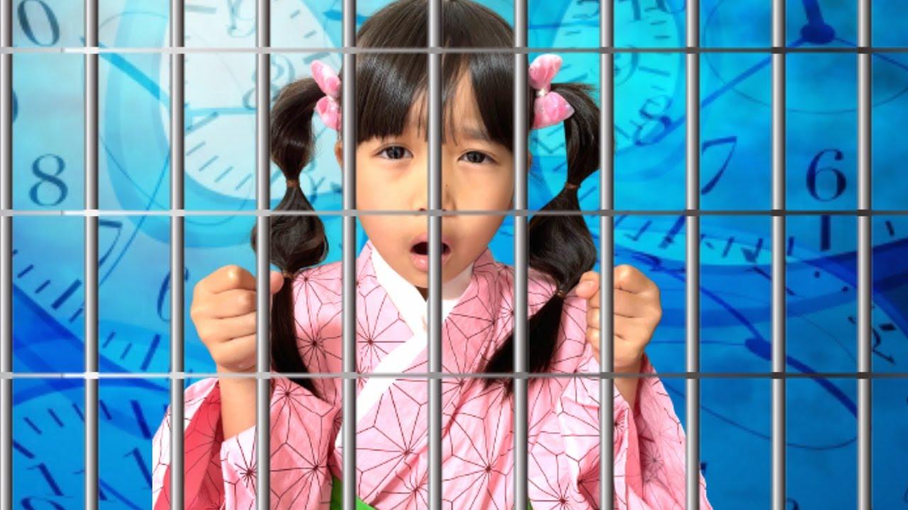 まりちゃん!アンパンマンたちを探し出して! まりちゃん禰豆子といずちゃん真菰が牢屋に閉じ込められちゃった! ミッションクリアのためにディズニーシーでみんなを探そう! おでかけ 教育 しつけ