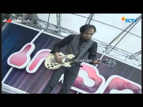 Firly Feat Piyu - Menanti Sebuah Jawaban