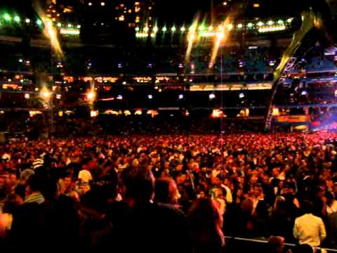 U2—With or Without You / Moment of Surrender—Live @ Roger Centre Toronto 2009-09-17