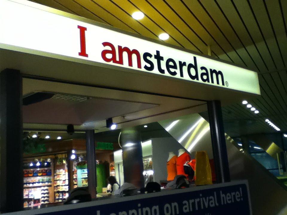 aeropuerto amsterdam holanda la chocolatera en el duty free es una boutique de lujo