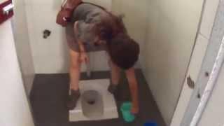 Kadınlar tuvaletlerini nasil yaparlar?