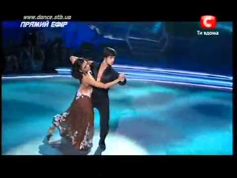 Сексуалный танец танго
