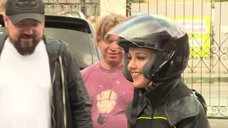 Юлианна Караулова снялась в клип в костюме за пол миллиона!