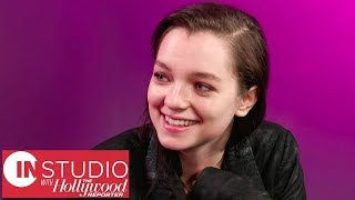 'Hanna' Star Esme Creed-Miles Talks Saoirse Ronan's Original Portrayal, Season 1 & More | In Studio