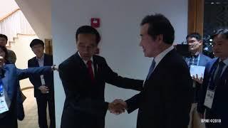 Video Menerima Perdana Menteri Korea Selatan dan Wakil Perdana Menteri Korea Utara, 18 Agustus 2018 download MP3, 3GP, MP4, WEBM, AVI, FLV Agustus 2018