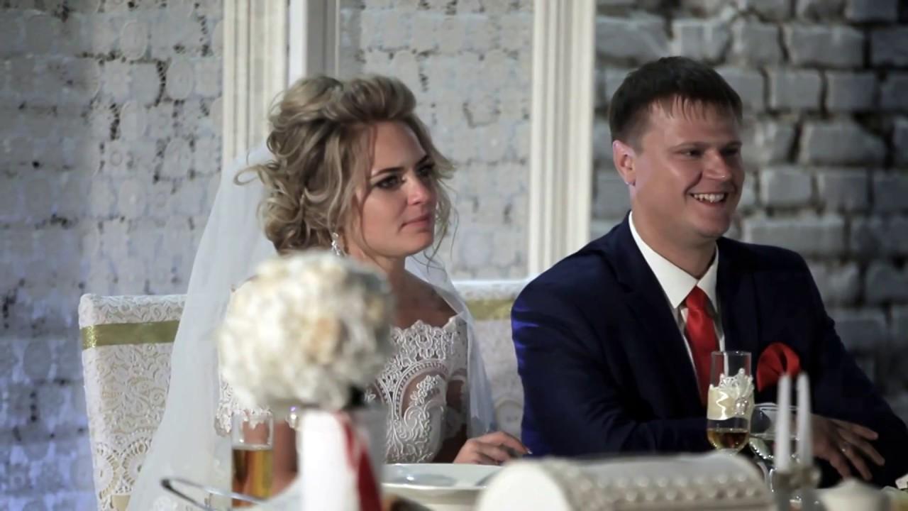 Сын поет маме на свадьбе