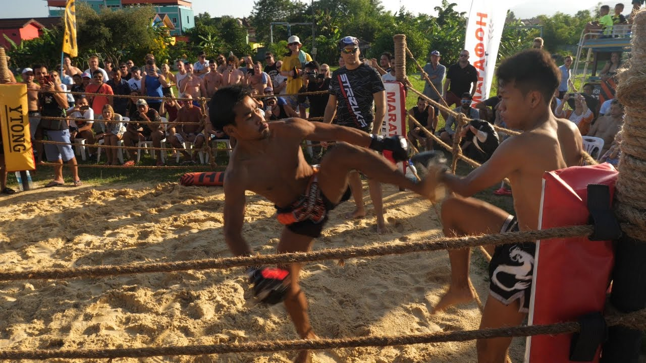 THAI STREET FIGHTER vs MUAY THAI FIGHTER