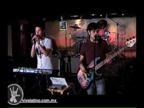 Palomazo Pata Negra Presenta: Neon Walrus - Making Music in a Tower