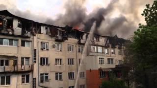 В Кишиневе сгорели 28 квартир! 13 пожарных машин не могут потушить пожар