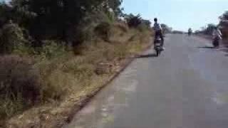 Om Stunt In Bhalki Bidar Road, On Karnataka.flv