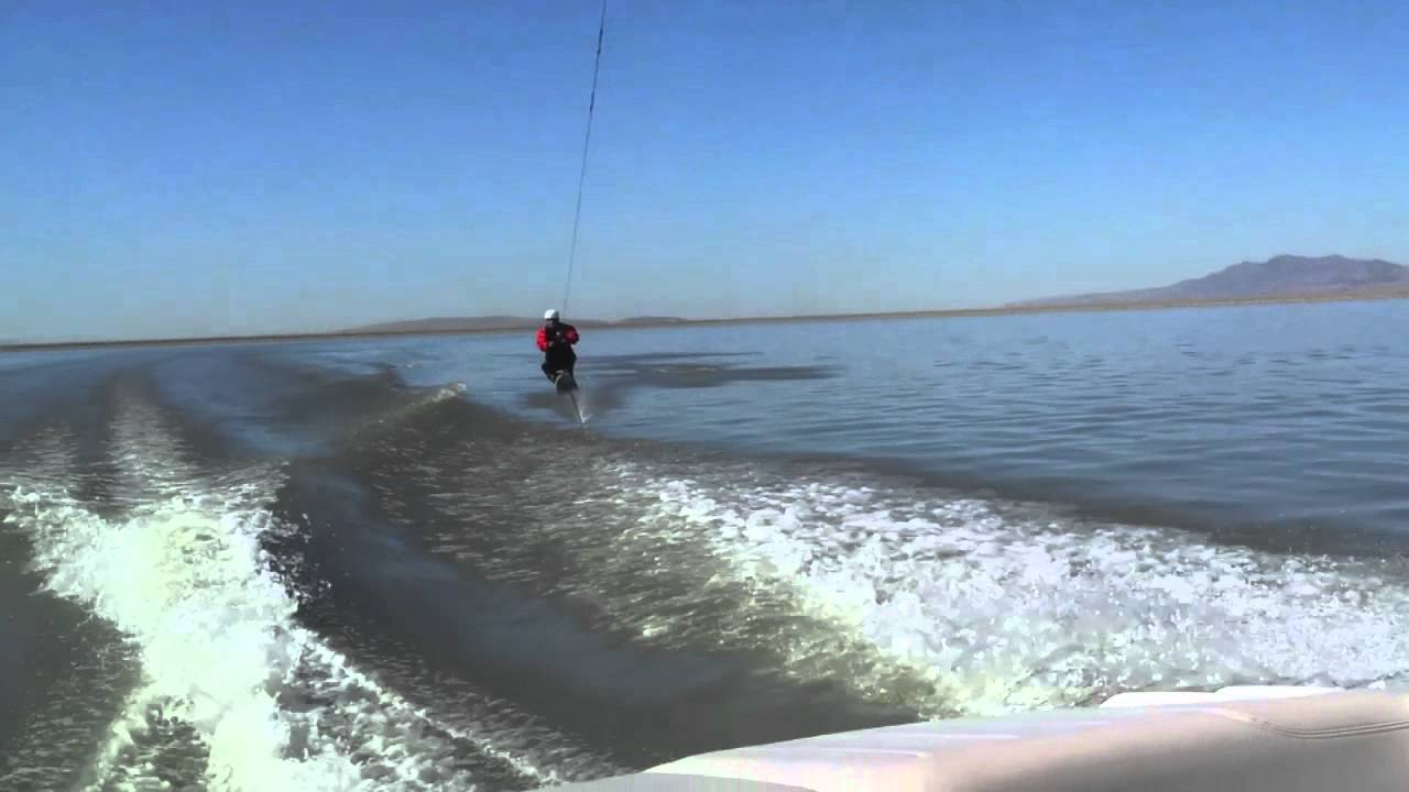 Gutsy air chair flip over dock mike murphy on hydrofoil waterskiing - Colby Woodruff 46 Frame Roll And Front Flip Air Chair Hydrofoi
