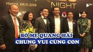 Bố mẹ Quang Hải xúc động khi con nhận giải, vui vẻ chụp hình với vợ chồng HLV Park Hang seo
