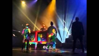 1 2 3 Soleil! + Dance du groupe! - Tryo - Concert à Marseille le 26/10/12.wmv