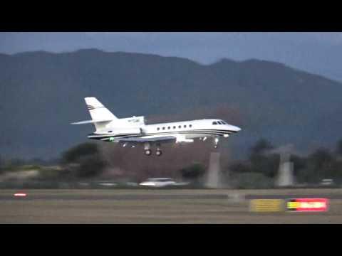 Kapiti Airport Paraparaumu - RARE 1st VISIT Dassault Falcon 50 ...