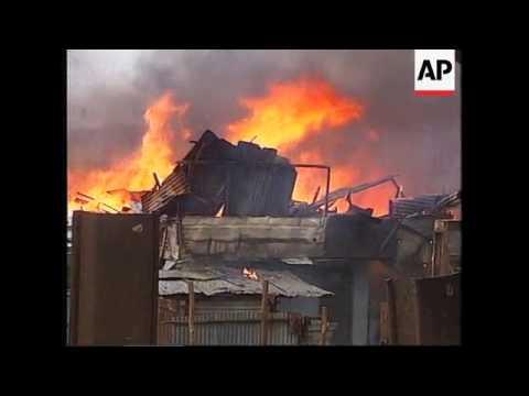 INDONESIA: JAKARTA: FIRE IN SLUM AREA LEAVES 1000 PEOPLE HOMELESS