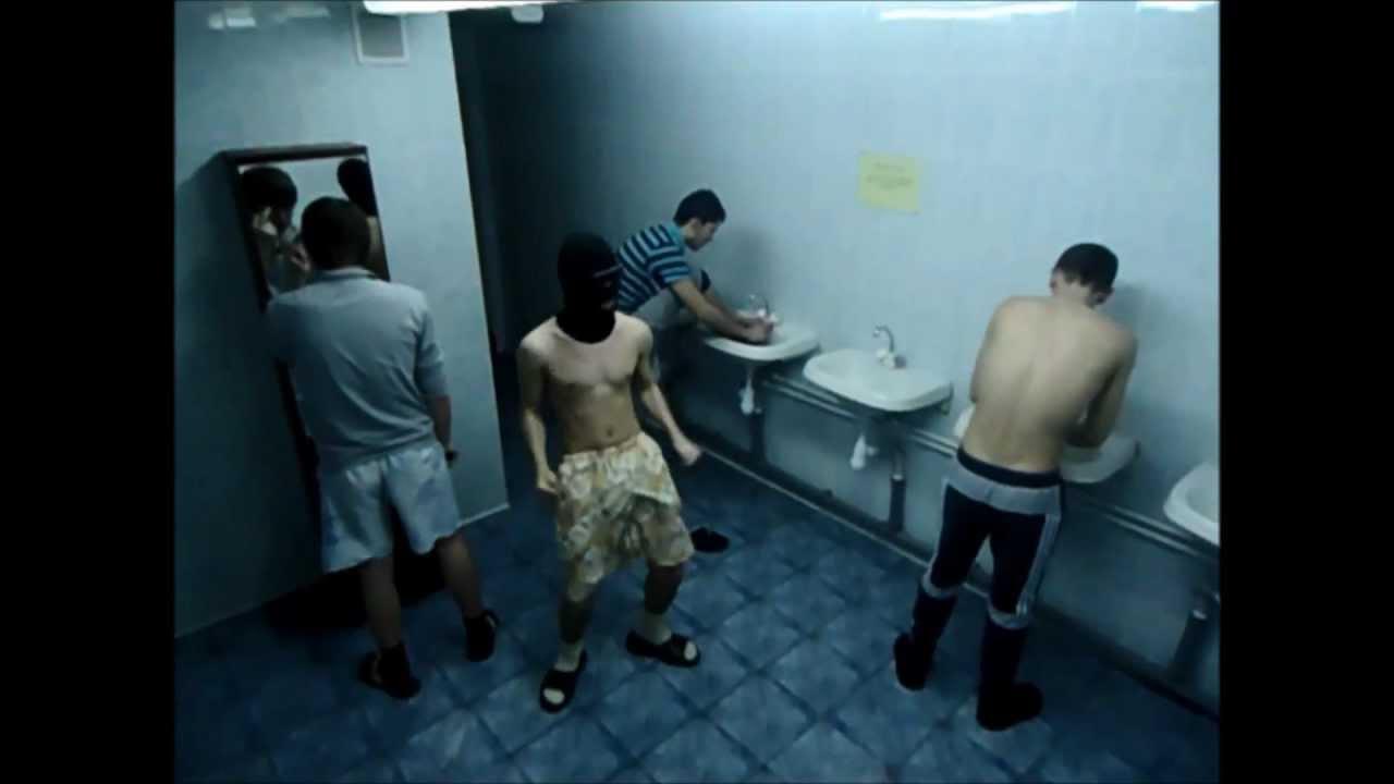 Скрытая мини камера в бане мужской