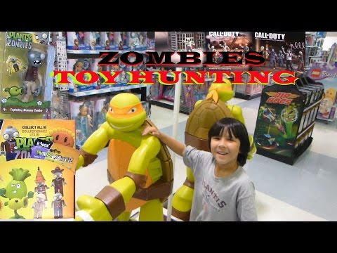 Zombies Toy Hunting at Walmart & Toys R Us – Plants vs Zombies, Transformers, Ninja Turtles Figure