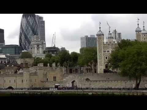 London-The Queens Walk via the Tower bridge Part 2