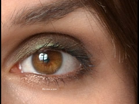 Maquillage kaki marron pour yeux marron, Chocolate Bar Too Faced