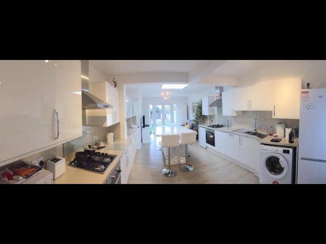 Brand new en-suite, large kitchen Main Photo