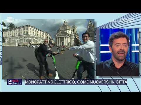 Monopattino-mania: allarme a Roma - La vita in diretta 16/06/2020