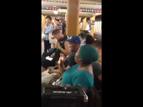 Subway Singer Serenades Passengers With Flawless Version Of Beyoncé's 'Halo'