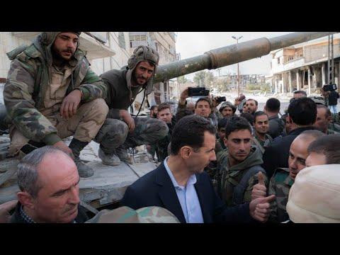 الأسد يزور الغوطة الشرقية لأول مرة منذ سنوات  - نشر قبل 9 ساعة