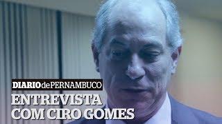 Ciro Gomes: Política se faz botando o pé na lama