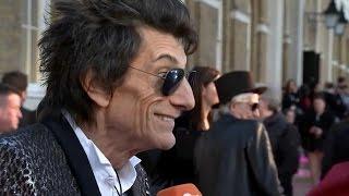 Ronnie Wood faz 70 anos e torna Rolling Stones septuagenários