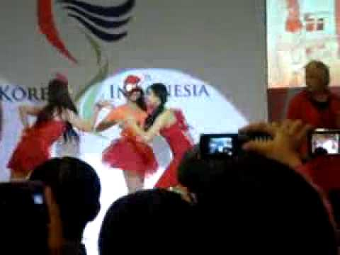 [KTO Jakarta 021011] [FANCAM] DANCE COVER COMPETITION F(X)ION- Hot Summer.flv