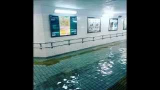 Flooded subway in the Hamamatsu Sta.(Japan) like a swimming pool プールのような地下鉄