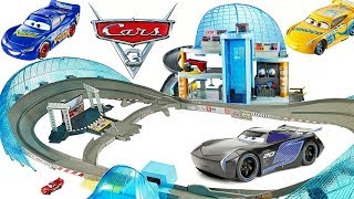 Cars 3 Florida 500 Race Track Lightning Jackson Cruz Showdown plus Mini Cars and Haulers