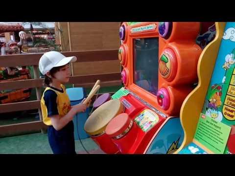 Игровые автоматы в тц июнь казино new vegas игровые автоматы играть он лайн бесплатно