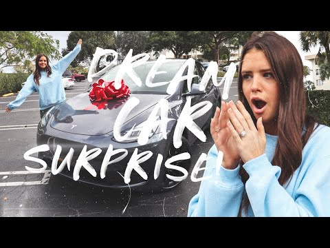 SURPRISING MY WIFE WITH HER DREAM CAR FOR CHRISTMAS!