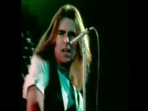 STATUS QUO -  DOWN DOWN - special video