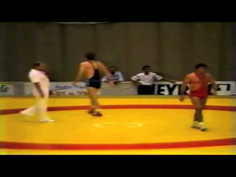 1987 Senior World Championships: 100 kg Ayhan Taskin (TUR) vs. William Scherr (USA)