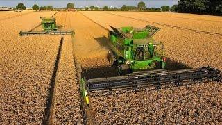 John Deere Mähdrescher S685i TT -12,3m /10,7m -Weizenernte - biggest harvester - wheat harvest