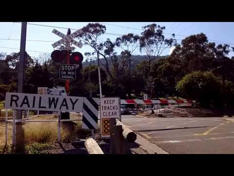 Railway Avenue, Upper Ferntree Gully Level Crossing