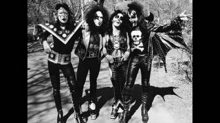 Kiss - Strutter (Demo 1973)