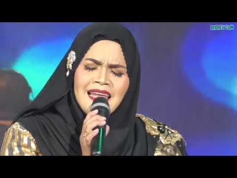 Aishah - Medley TIADA LAGI TANGISAN, CAMAR YANG PULANG & KAU YANG ISTIMEWA