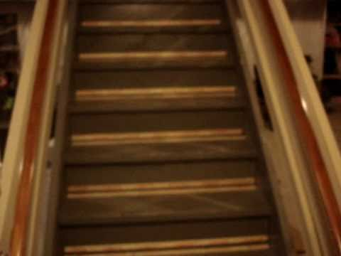 How To Install Carpet On Stairs 1 Of 4.MPG   YouTube