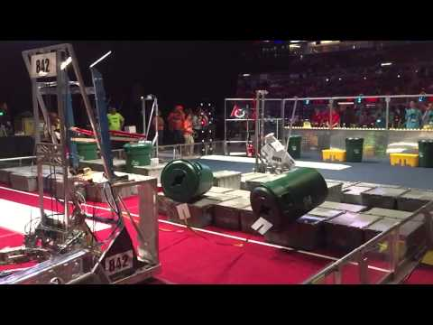 842 (Falcon Robotics, Carl Hayden High School) Canburglar