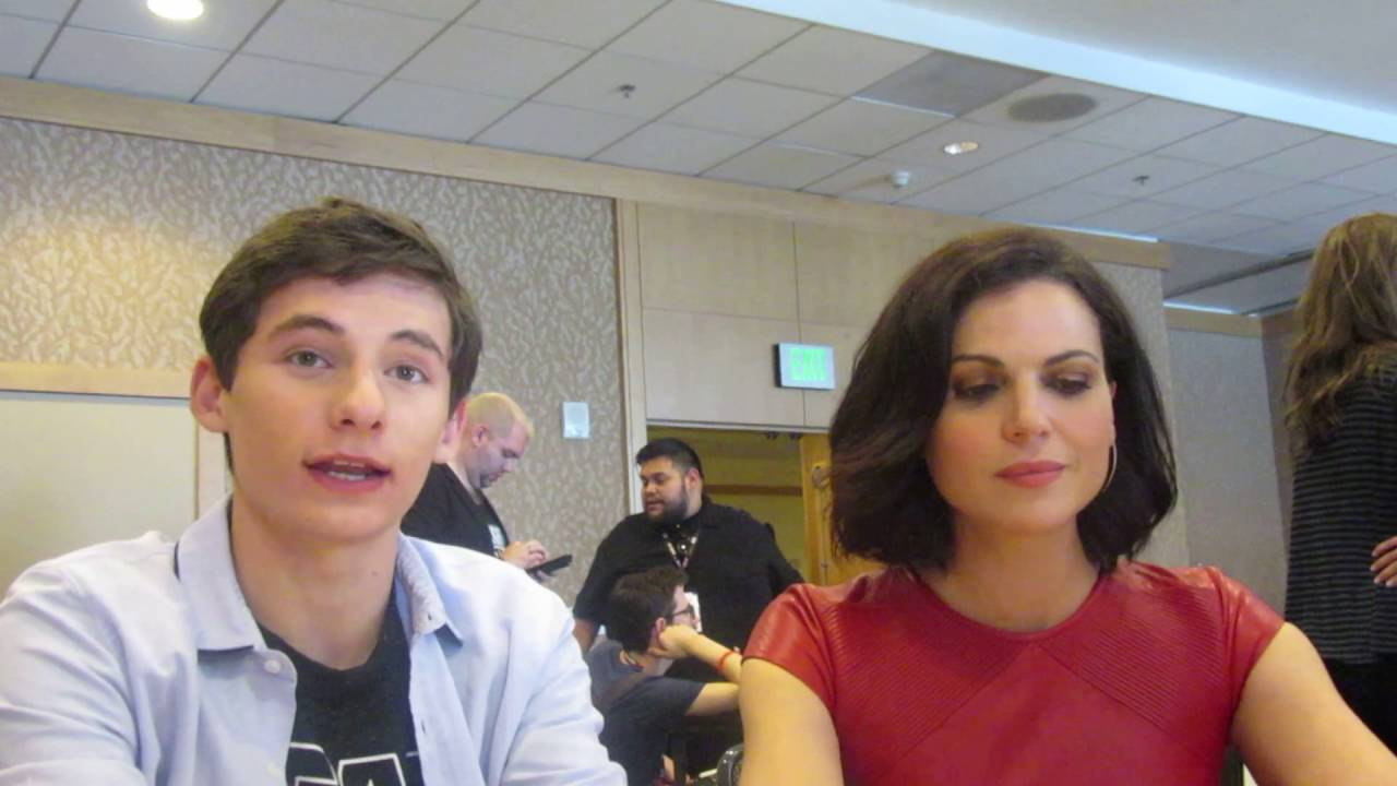 SDCC 2016: Once Upon A Time - Lana Parrilla & Jared ...